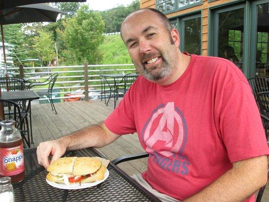 Canoe on the Run: Enjoying the sandwich special...
