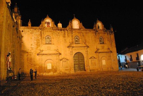 Catedral del Cuzco o Catedral Basílica de la Virgen de la Asunción: El templo del Triunfo, la parte más antigua de la Catedral