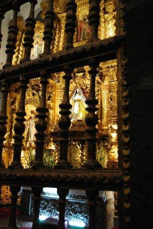 Catedral del Cuzco o Catedral Basílica de la Virgen de la Asunción: Nichos internos para la Virgen