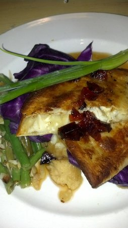 Shipp's Harbour Grill: crab and brie quesadilla