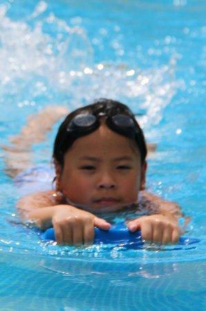 The Phoenix Resort: Daughter in the lap pool