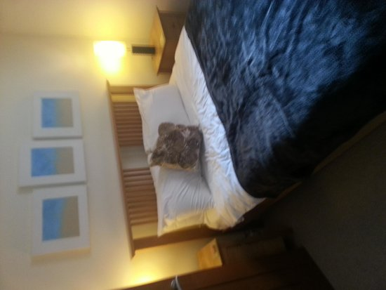 Netherstowe House Hotel: comfartable beds