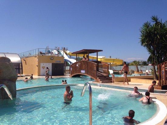 Piscine picture of camping le soleil de la mediterranee for Camping saint malo avec piscine
