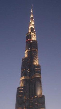 Burj Khalifa : Night time view of this amazing building.