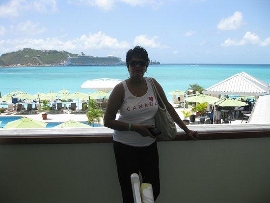 Great Bay Beach Resort, Casino & Spa : Island Girl