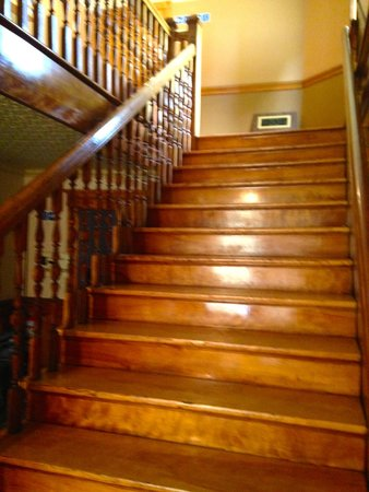 Haskell Free Library & Opera House: opera house stairs