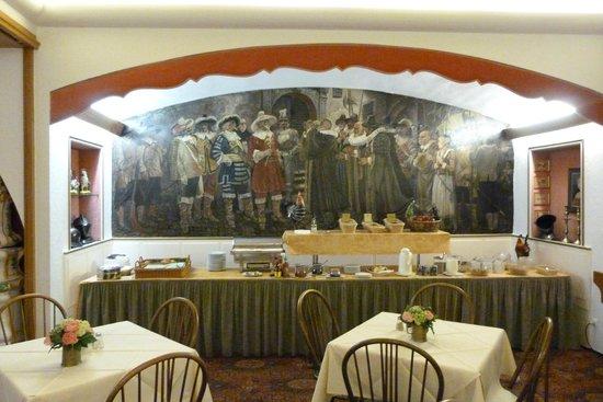 Tilman Riemenschneider Hotel: Breakfast
