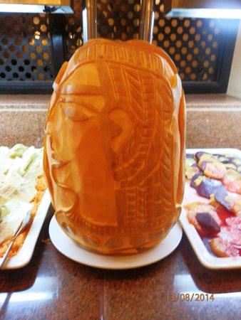 Jaz Lamaya Resort: Fruit art