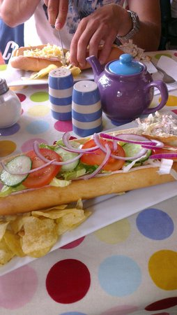 Daisy's Cafe: Best baguette!