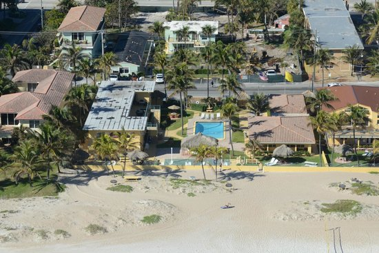 Ebb Tide Oceanfront Resort in Pompano Beach, Florida: Aerial 3