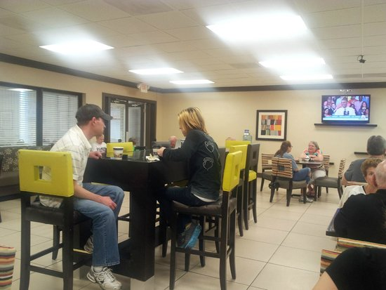 Best Western Greenville Airport Inn : Breakfast