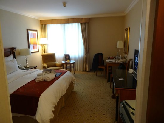 Prague Marriott Hotel: My room at Marriott