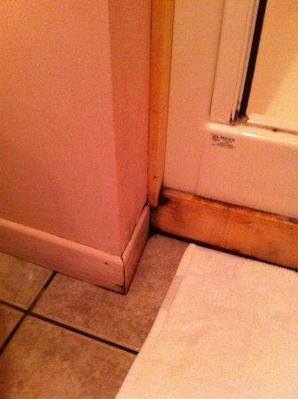 La Maison Gauthier : Propreté de la salle de bains: jugez par vous-même...