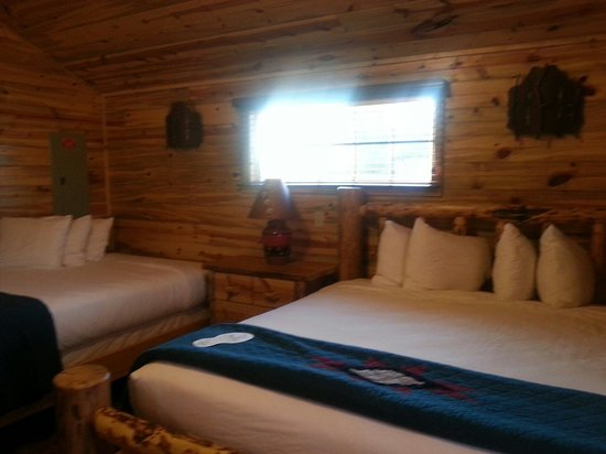 Cedar Pass Lodge : Cabin room