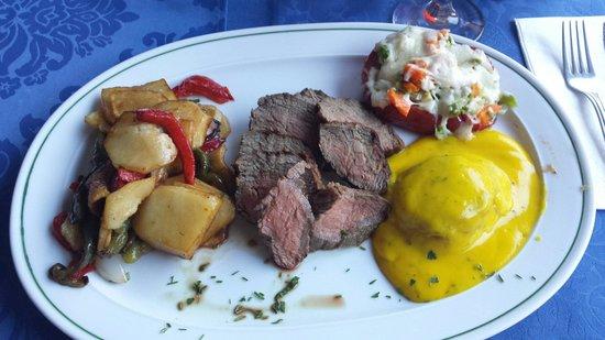 Las Vegas Steak House: Provencal , heter retten ,fantastisk god , både kjøtt og tilbehør smakte fortreffelig.  God atmo