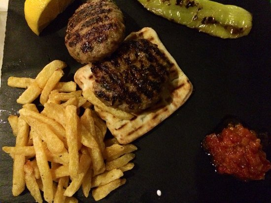 Nostimon Hellas : Greek burger (bifteki). Delicious and light.