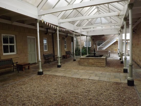 Makeney Hall Hotel: courtyard rooms
