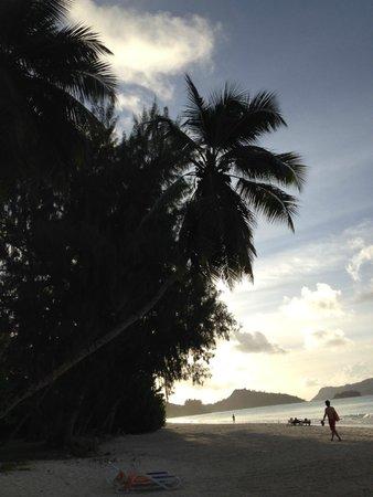 Hotel Cote D'Or: tramonto sulla spiaggia