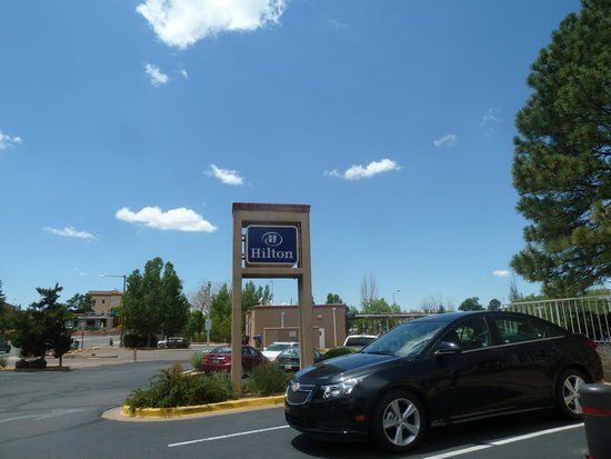 Hilton Santa Fe Historic Plaza: Hilton Parking Lot
