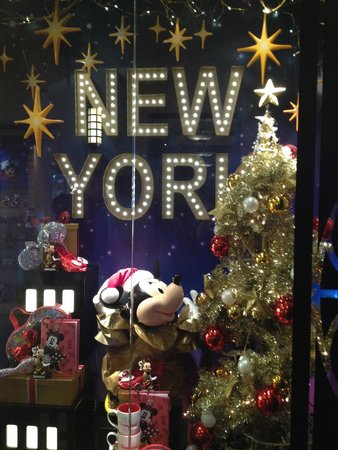 Disney's Hotel New York : Shopping