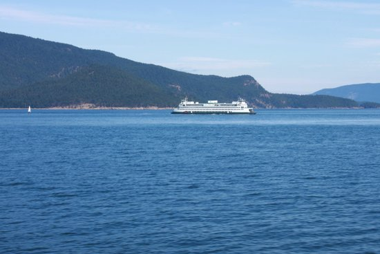 Washington State Ferries: Ferry and island