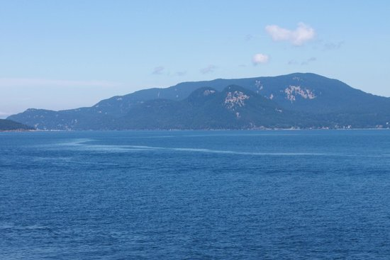 Washington State Ferries: View of Orca's Island