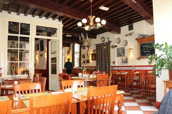 Hotel de Emauspoort: Breakfast room