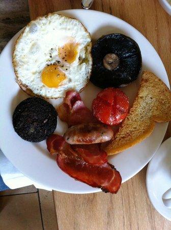 The Swan Inn: Yummy full English Breakfast