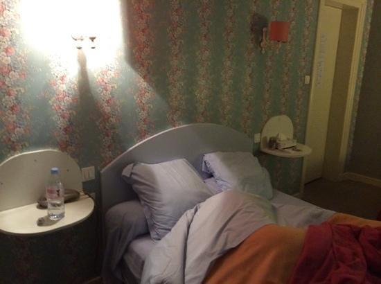 Hotel Saint Jean: chambre