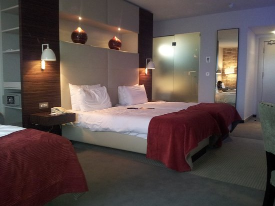 Absolute Hotel: Triple Room