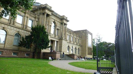 Le Musée Städel : Front entrance