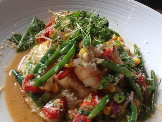 Crop Bistro: Grilled Shrimp & French Green Beans