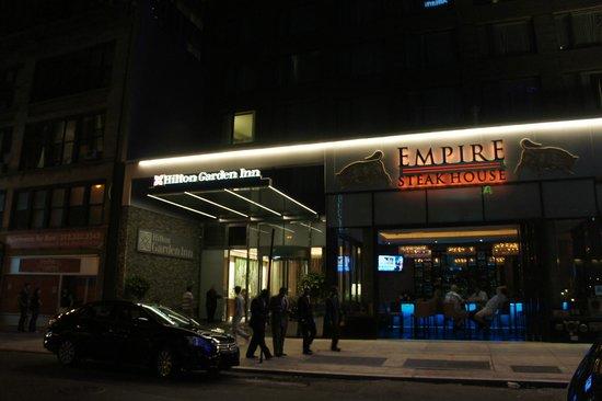Hilton Garden Inn Times Square: le hall d'entré de l'hotel