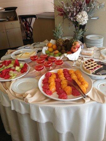Amalia Hotel: Delicious Breakfast