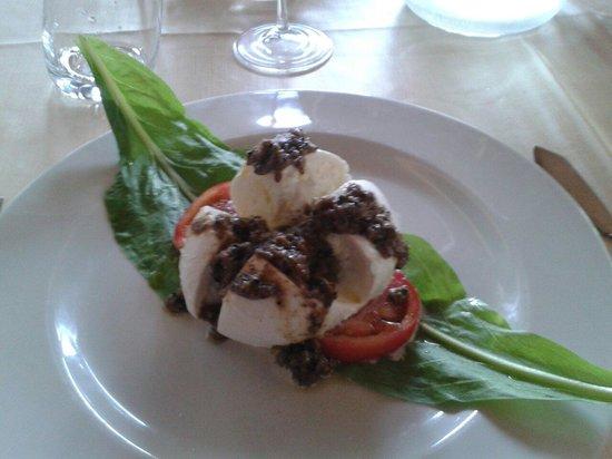 Trattoria Teresa: Mozzarella di bufala e tartufo
