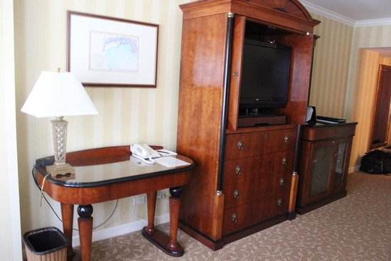 Monterey Plaza Hotel & Spa: Room