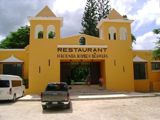 Mayans' Explorers: Hacienda Xaybeh Dcamara for Lunch