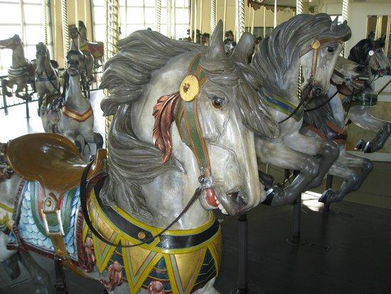 Cafesjian's Carousel : Carmel horse