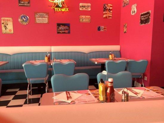 Twist Diner Cafe : Restaurant