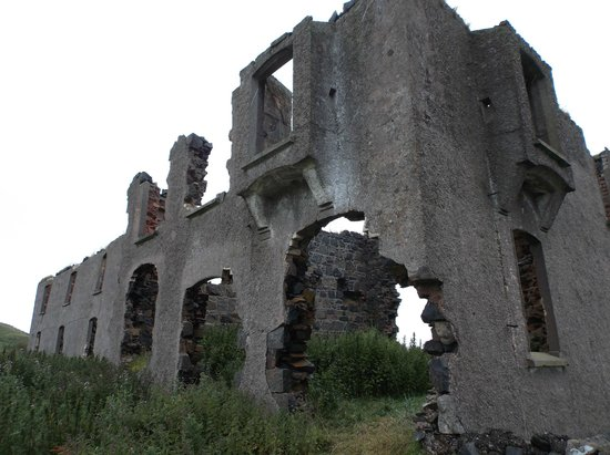 Causeway Coastal Route: Ruins