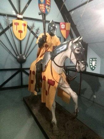 Centre Historique Medieval - Azincourt : Knight on horseback