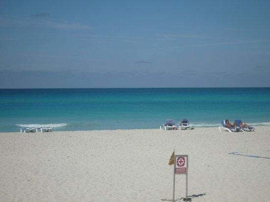 Royalton Hicacos Varadero Resort & Spa: Beach at Royal Hicacos Resort, Varadero Cuba
