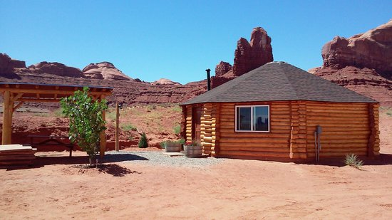 Monument Valley Tipi Village Bed & Breakfast
