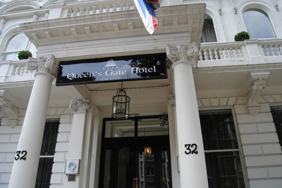 The Queen's Gate Hotel: porta del queen s gate hotel