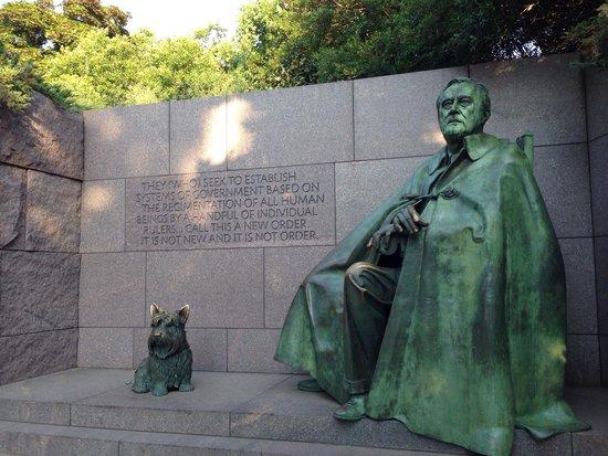 Franklin Delano Roosevelt Memorial : FDR Memorial