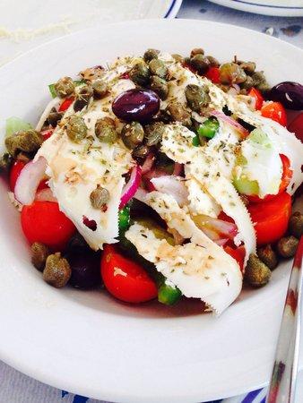 Taverna Sirtaki: The best salad