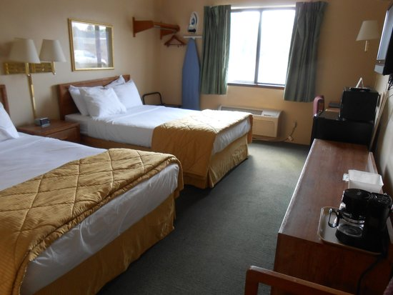 Americas Best Value Inn : beds
