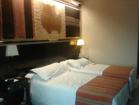 Alejandro 1 Hotel Internacional Salta: Habitación muy confortable
