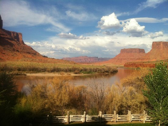 Red Cliffs Lodge: View From Room