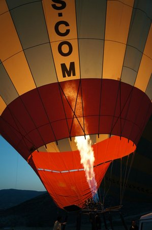 MDC Hotel: Hot air ballooning is popular